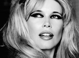 claudia-schiffer-vogue-germany-21